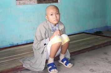LD1763: Thương bé 13 tuổi nghỉ học giữa chừng vì bệnh ác tính