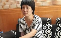 """Lời kể """"nghẹn ngào"""" của người phụ nữ đến phường Văn Miếu làm giấy chứng tử"""