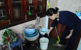 Hà Nội: Khốn khổ vì mất nước, dân dùng nước rửa rau để giặt quần áo