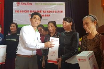 4.600 suất quà đến với người nghèo và đồng bào bị thiệt hại do bão lũ
