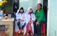 LD17132: Khóc nghẹn cảnh cụ bà 80 tuổi nuôi 2 cháu mồ côi