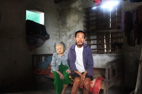 LD17129: Gia cảnh khó khăn của cụ bà 95 tuổi bị mù