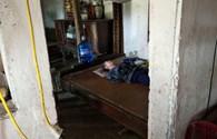 LD17140: Lời kêu cứu của bà cụ bị bại liệt trong ngôi nhà xập xệ