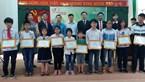 Trao 10 suất học bổng cho học sinh vượt khó học giỏi ở Bắc Ninh