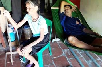 LD18105: Lời khẩn cầu của gia đình có con ung thư phổi, mẹ già mù