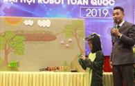 """Thí sinh """"nhí"""" tranh tài ở Đại hội Robot toàn quốc lần đầu được tổ chức"""
