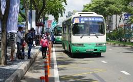 Ngày đầu dời trạm xe buýt Bến Thành, hành khách lúng túng
