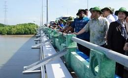Đoàn đại biểu quốc tế khảo sát biến đổi khí hậu ở Cần Giờ