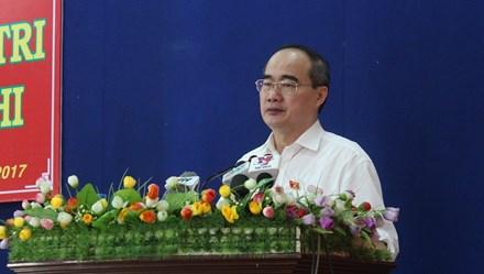 Bí thư TPHCM: Bộ Quốc phòng sẵn sàng chuyển giao sân golf để mở rộng sân bay Tân Sơn Nhất