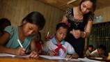 Thí điểm không còn công chức, viên chức trong giáo viên: Ý tưởng hay nhưng cần lộ trình minh bạch