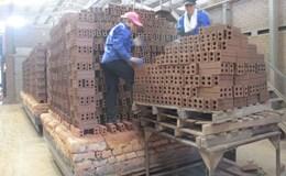"""Đòi BHXH cho người lao động tại Quảng Ninh: Thiếu chế tài """"xử"""" doanh nghiệp"""