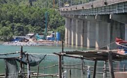 Dự án 7.300 tỉ mở rộng hầm Hải Vân: Dân ngăn cản thi công vì sợ... chết thủy sản