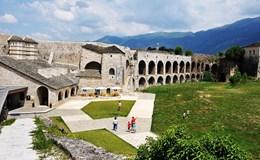 Ioannina - Bình yên đến nao lòng