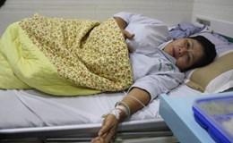 Trên giường bệnh, vẫn lo cho các con khuyết tật