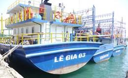Tàu thép 67 nằm bờ: Xót lòng hai phía con tàu hư!