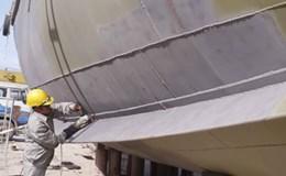 Sửa chữa tàu vỏ thép 67/CP: Bình Định thúc cơ sở đóng tàu thêm người, tăng ca