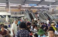 Muốn thăm vịnh Hạ Long, phải qua điểm mua sắm: Du khách bức xúc, đường dây nóng không hoạt động