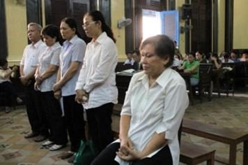 Phúc thẩm vụ tham nhũng tại Vifon, Bộ Công Thương tiếp tục xin vắng mặt
