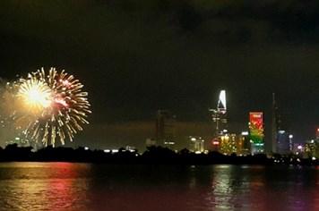 Chiêm ngưỡng màn pháo hoa tuyệt đẹp mừng ngày Quốc khánh tại TPHCM