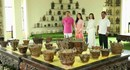"""Cận cảnh phòng """"Tâm linh"""" chứa hàng trăm đồ thờ cúng nghìn năm tuổi của Việt Nam {Video 1}"""