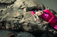 Áo dài thắt eo cổ điển đầy quyến rũ của Lê Thanh Phương