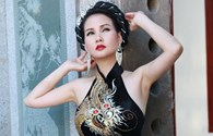Hoa hậu Quý bà Sương Đặng lạ lẫm với đầm dạ hội hoạ tiết rồng