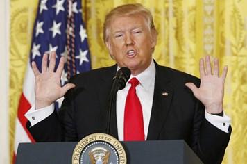 Một tháng nắm quyền của ông Donald Trump