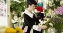 Lý Nhã Kỳ đặt hoa tưởng niệm Công nương Grace Kelly