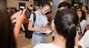Lý Nhã Kỳ được fans chào đón ở sân bay khi trở về từ LHP Cannes