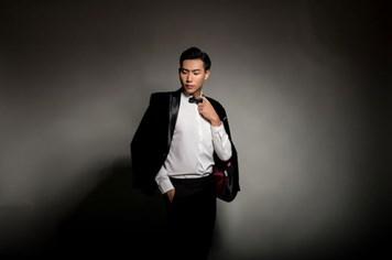 Siêu mẫu Hữu Long tham dự Siêu mẫu nam thế giới
