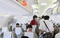 Các hãng hàng không tố nhau