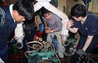 Vụ tàu vỏ thép hư hỏng tại Bình Định: Tạm đình chỉ việc nhận thêm hợp đồng với hai công ty
