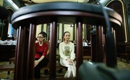 Nghệ sĩ, người nổi tiếng ra tòa: Người đòi công bằng, người mong trắng án