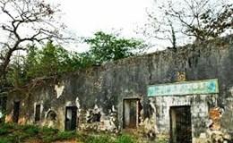 Chuyện dọc đường: Vở nhạc kịch của hòn đảo ngục tù