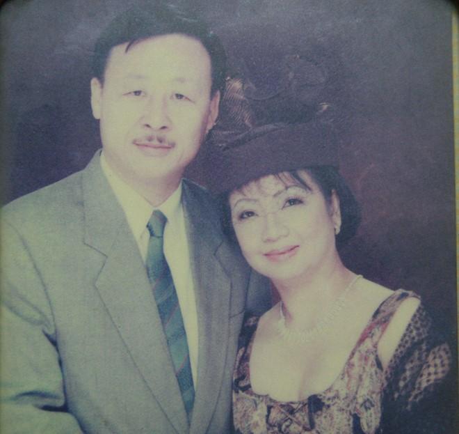 Vợ chồng ông Vương Duy Bảo. Ảnh: Xuân Hải