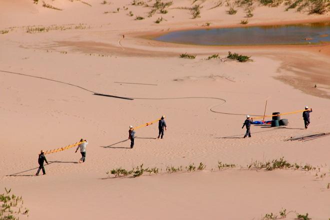 Sơn Hải - nơi đồi cát hùng vĩ chạy ra sát biển đẹp mê hồn - Ảnh minh hoạ 14