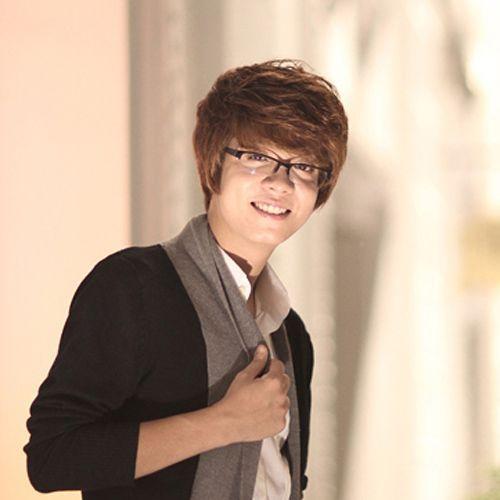Bùi Anh Tuấn có cuộc đối đầu căng thẳng với các giọng ca khác cùng trưởng thành từ chương trình Giọng hát Việt.