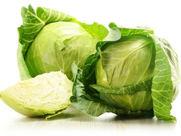Bắp cải, lá bạc hà và dứa: Hỗn hợp này giúp bạn kích thích dịch tiêu hoá. Nó cũng rất giàu vitamin, khoáng chất và chất chống oxy hoá.
