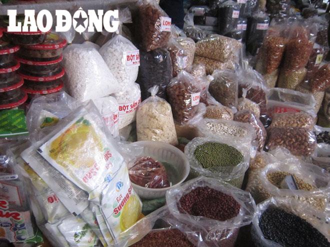 Rùng mình nguyên liệu chè thập cẩm giá rẻ đường phố | Tin tức mới nhất 24h – Đọc Báo Lao Động online – monmientrung.com